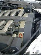 W140のS600エンジンルーム