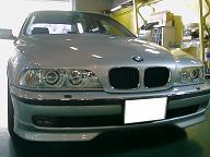 98yBMW528